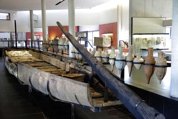 Der 31 meter lang Lastkahn