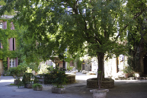 A small square in Saignon