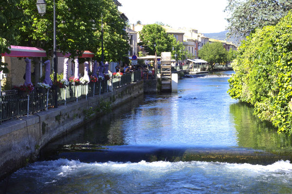 Der Sorgue Fluss in L'Isle-sur-la-Sorgue