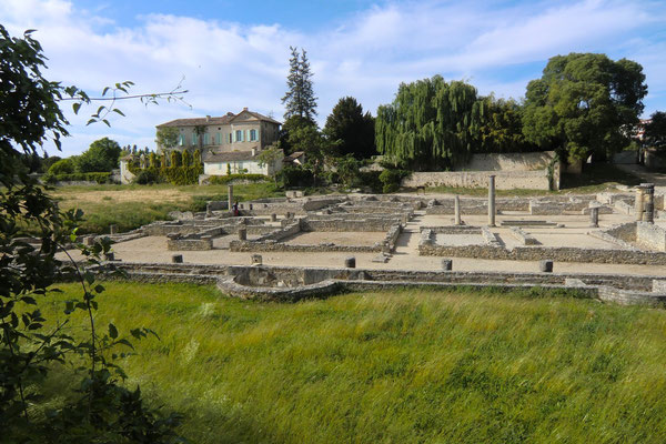 the Vaison-la-romaine house roman remains