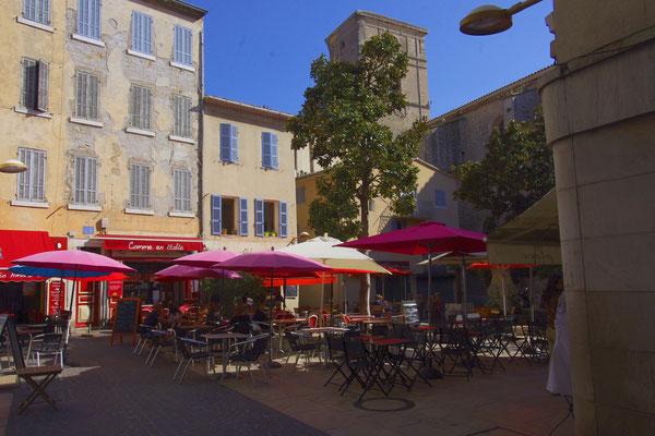 La Ciotat, a provencal square
