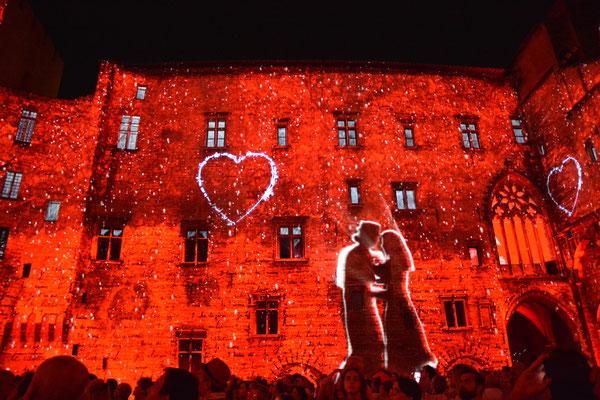 Avignon in lights