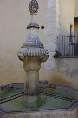 Pernes-Les-Fontaines, histoire d'eau
