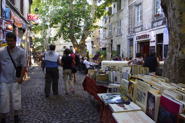 rue des teinturiers , Avignon bohemian lifestyle district
