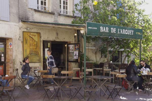 Un café provençal