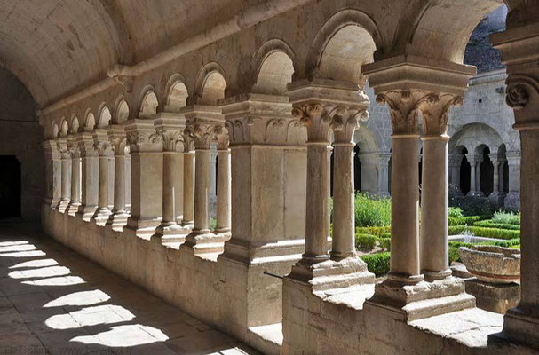 The cloister of the abbey of Senanque