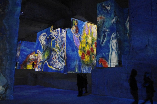 les carrières de lumières, a famous and must sound and light show