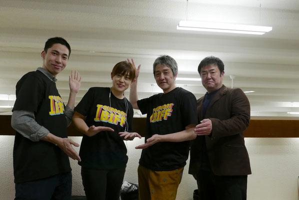 東京上映会主催スタッフたち。釜山国際映画祭支援Tシャツとともに。