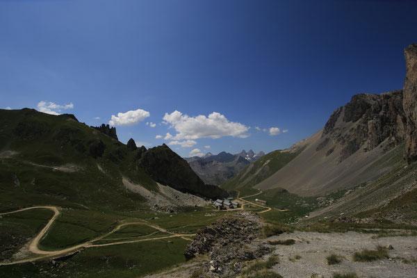 Valloire lac montagne