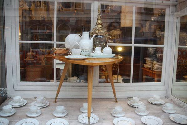 "Rosenthal Studio Line Lotus Gold ""Silhoutte"" Design Björn Wiinblad"