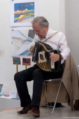 Enrique Fischer