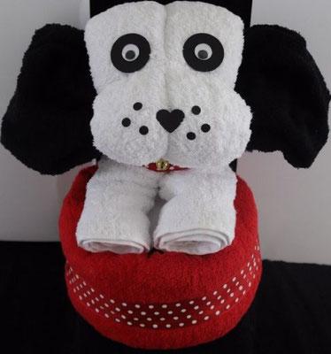 schönes Geschenk als Hund - Handtuch falten