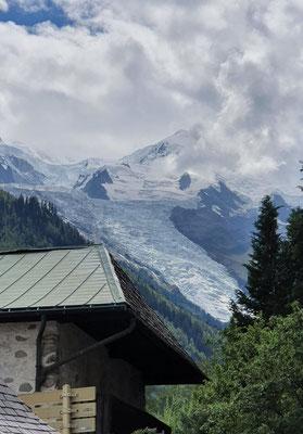 Der Mont Blanc. Majestätisch und ein bisschen im Nebel.