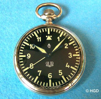 TU-Ausführung des VEB Glashütter Uhrenbetriebe; Silbergehäuse