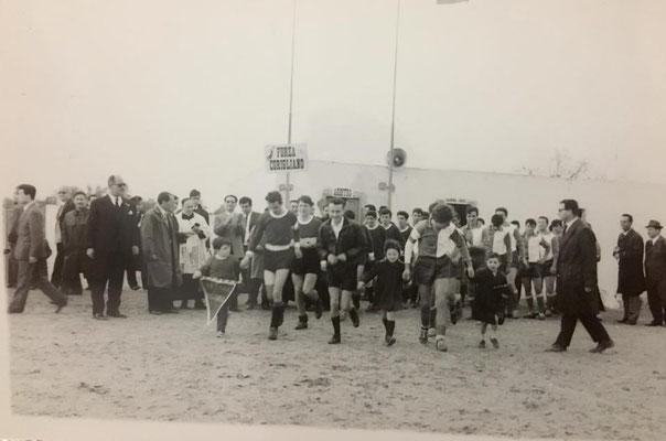 Marzo 1964 Inaugurazione del nuovo campo di calcio allo Scalo di Corigliano(foto Gianni Policastri)