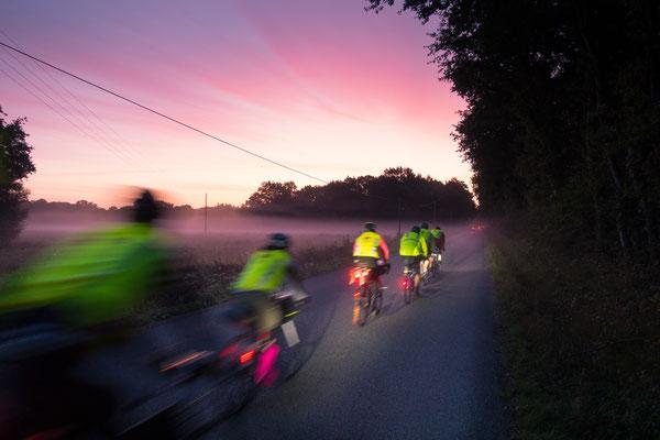 Fahrt in den Sonnenaufgang