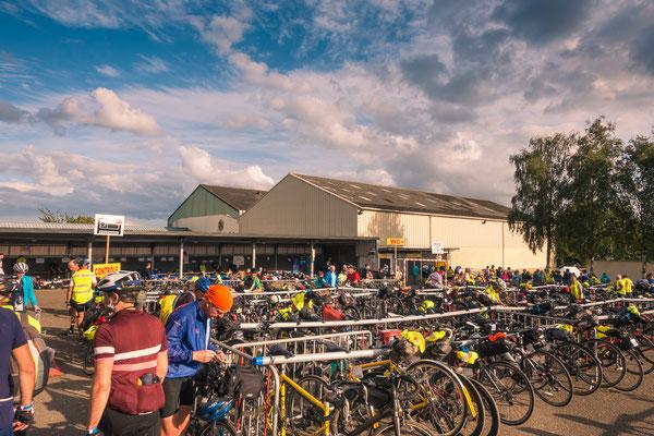 Fahrradparkplatz in Loudéac