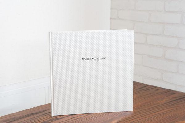 真珠のような質感の輝きが人気の台紙です 1P 2P 3P 4Pブック 6Pブックがございます。