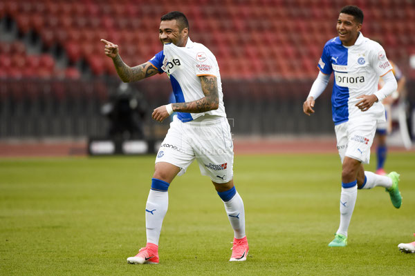 Alves dos Santos Caio (GC) Torschuetze zum 2:0 jubelt.  sast-photos