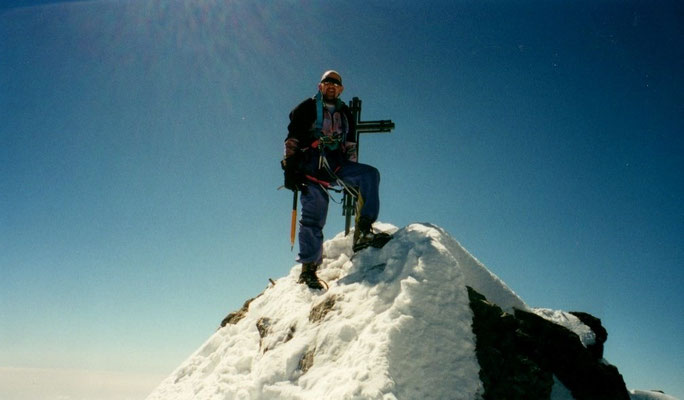 18. Juni 2000 Nadelhorn 4327m mit Franz
