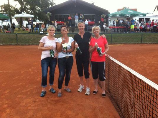 Burgpokalsieger 2016 Damen 50 Ulrike Schmitz, Claudia Ilgner      Damen 40 Marion Kolmit , Elke Büscher