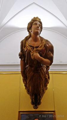 Mascarón de proa del yate Giralda (1894). Tras la guerra de Cuba fue utilizado por Alfonso XIII.