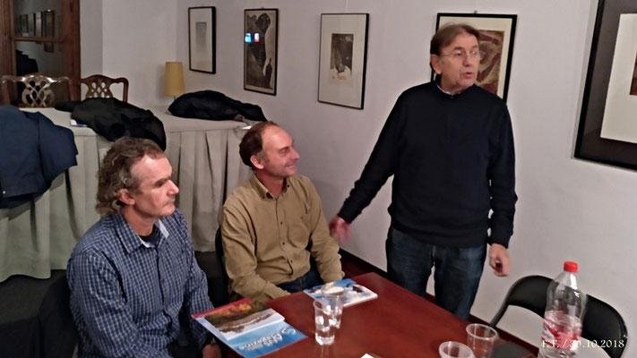Juan Antonio Camiñas presenta a los invitados