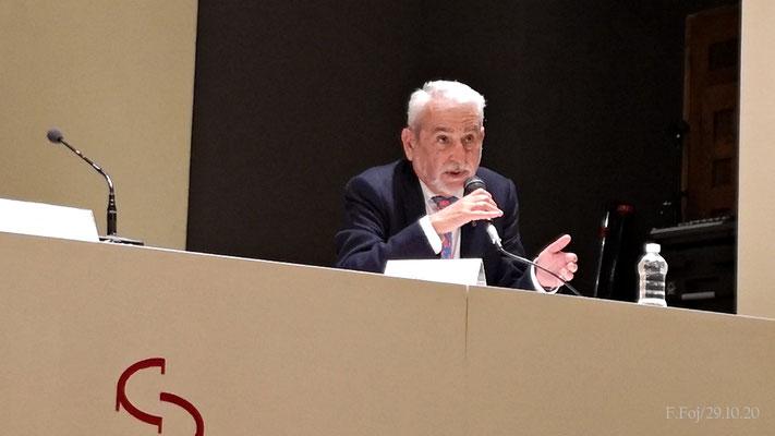 D. Francisco Cabrera toma la palabra