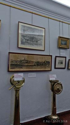 Fotos antiguas e instrumentos de navegación