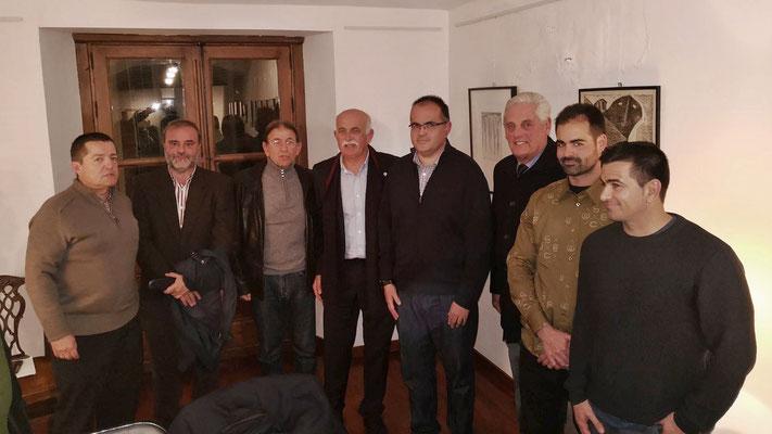 Foto final. Pablo, Juan Carlos, Juan Antonio, Felipe, Narciso, Hernán (uno de los tertulianos), Quique y Pepe