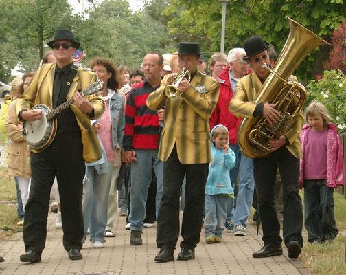 Strassenmusik zum Jazzfest in Ahrenshoop