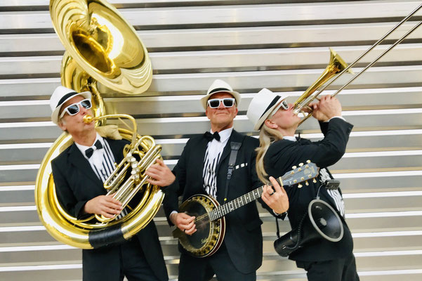 Marching Band Festival zum Verkaufsoffenen Sonntag in Schwerin