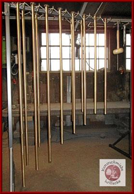 Röhrenglockenspiel gefertigt von Bronze mit Ständer gestimmt von C bis C (Oktave)
