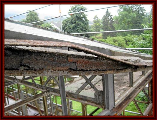 durchkorrodierter Dachsparren