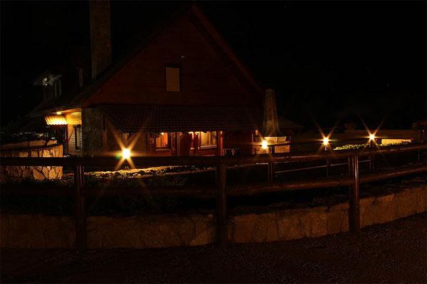 Admósfera cálida y acogedora del porche.