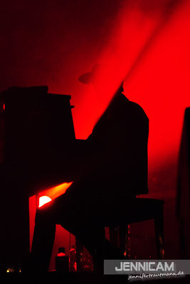 Der kopflose Pianist ...
