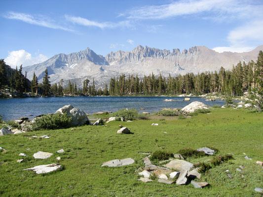 Der Blick von unserem Camp aus auf den See