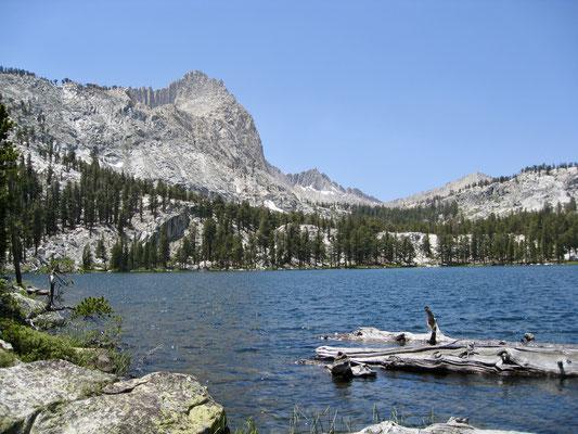 Der erste der Upper Five Lakes, von da war es nicht mehr weit zu den Little Five Lakes