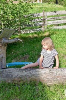 An heißen Tagen bot der Brunnen Abkühlung.