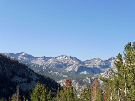 Blick vom Ridge nach Purple Lake