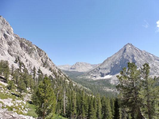 Blick Richtung Forester Pass vom Aufstieg Vidette Meadow Richtung Glen Pass