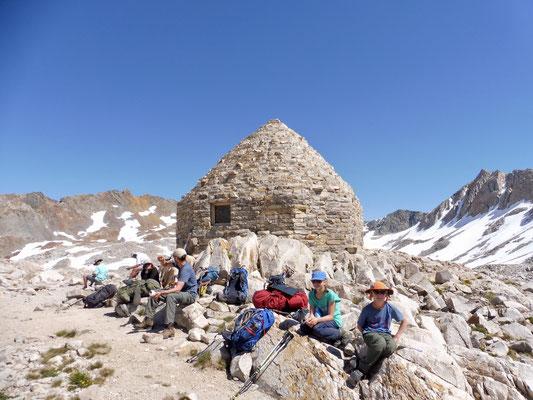Muir Pass Stone Hut auf 3.644 Meter