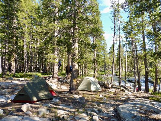 Unser Camp am Bear Creek bei der Lake Italy Trail Junction