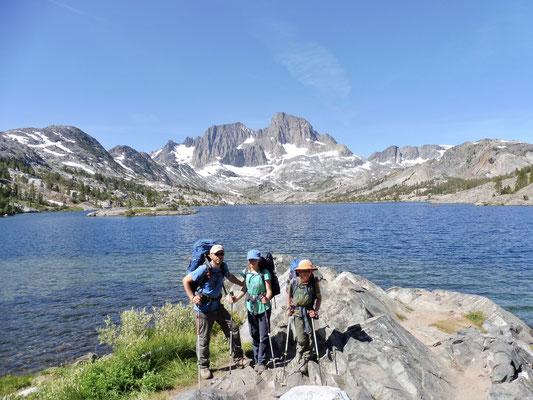 Geschafft, Garnet Lake und Banner Peak im Hintergrund