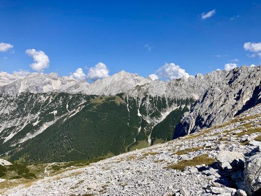 Das Karwendel, es gibt keine einfachen Wege durch dieses Gebirge