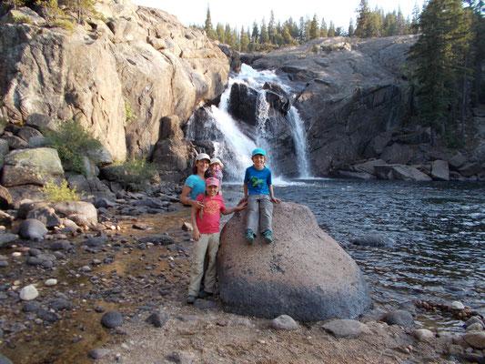 Angekommen, der Wasserfall des Tuolumne River bei Glen Aulin.