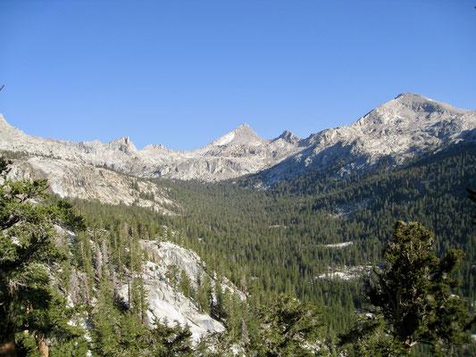 Sawtooth Peak auf dem Weg zu Little Five Lakes