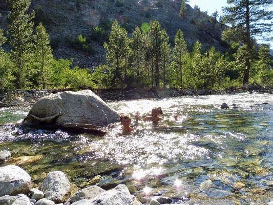 Überraschenderweise war das Wasser im Creek verhältnismäßig warm