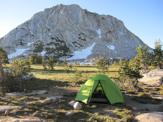 Unser Camp an Fletcher Lake und Fletcher Peak