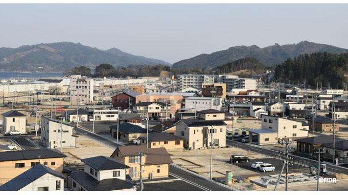 嵩上げもすみ、商業施設や公営住宅も建てられる町の中心部。